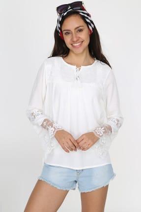 Patiska Kadın Beyaz Kolları Volanlı Dantelli Önü Bağlamalı Bluz 4011