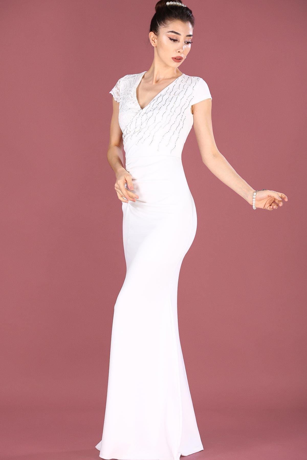 Nesrinden İncili Ekru Kadın Balık Model Abiye ELB0001D9270