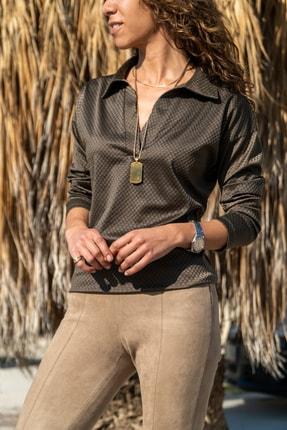 Güneşkızı Kadın Haki Kendinden Dokulu Polo Yaka Bluz GK-BST2821
