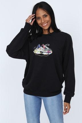 Deppoist Kadın Siyah İşlemeli Sweatshirt P00011927