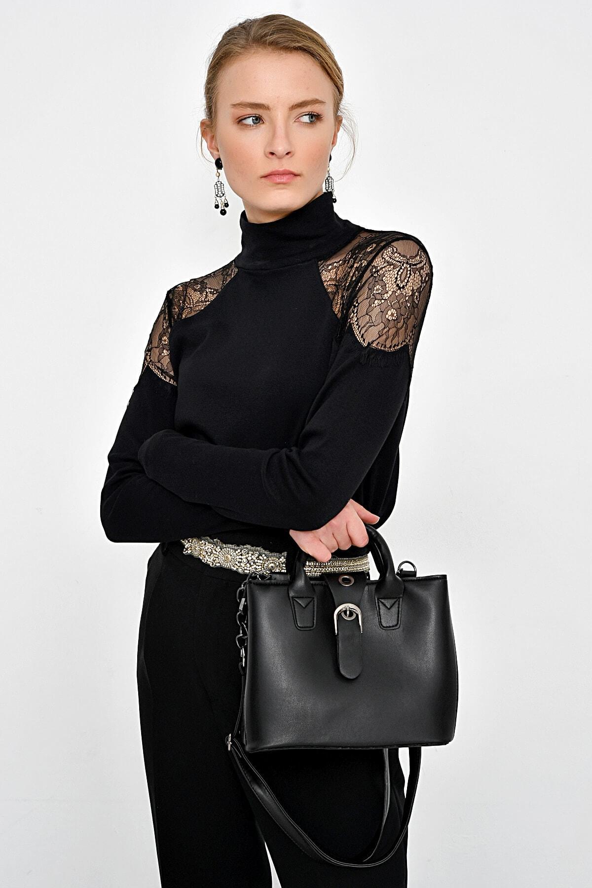 Hanna's Kadın Siyah Omuzları Dantelli Bluz HN2364