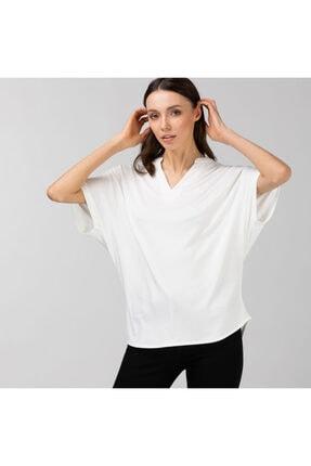Lacoste Kadın Loose Fit V Yaka Beyaz T-Shirt TF0122