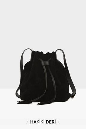 Bagmori Siyah Kadın Yarma Hakiki Deri Boğmalı Askılı Çanta M000003626