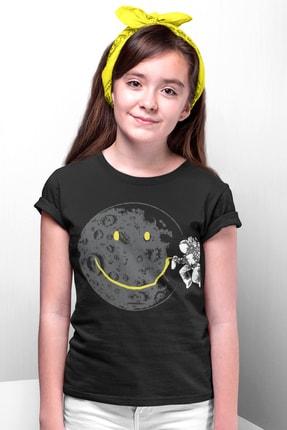 Rock & Roll34 Grafitici Astronot Siyah Kısa Kollu Kız Erkek Uniseks Çocuk T-shirt
