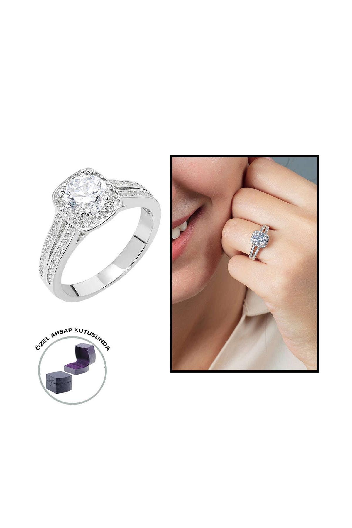Tesbihane Starlight Diamond Pırlanta Montür Avangarde 925 Ayar Gümüş Bayan Beştaş Yüzük 102001815