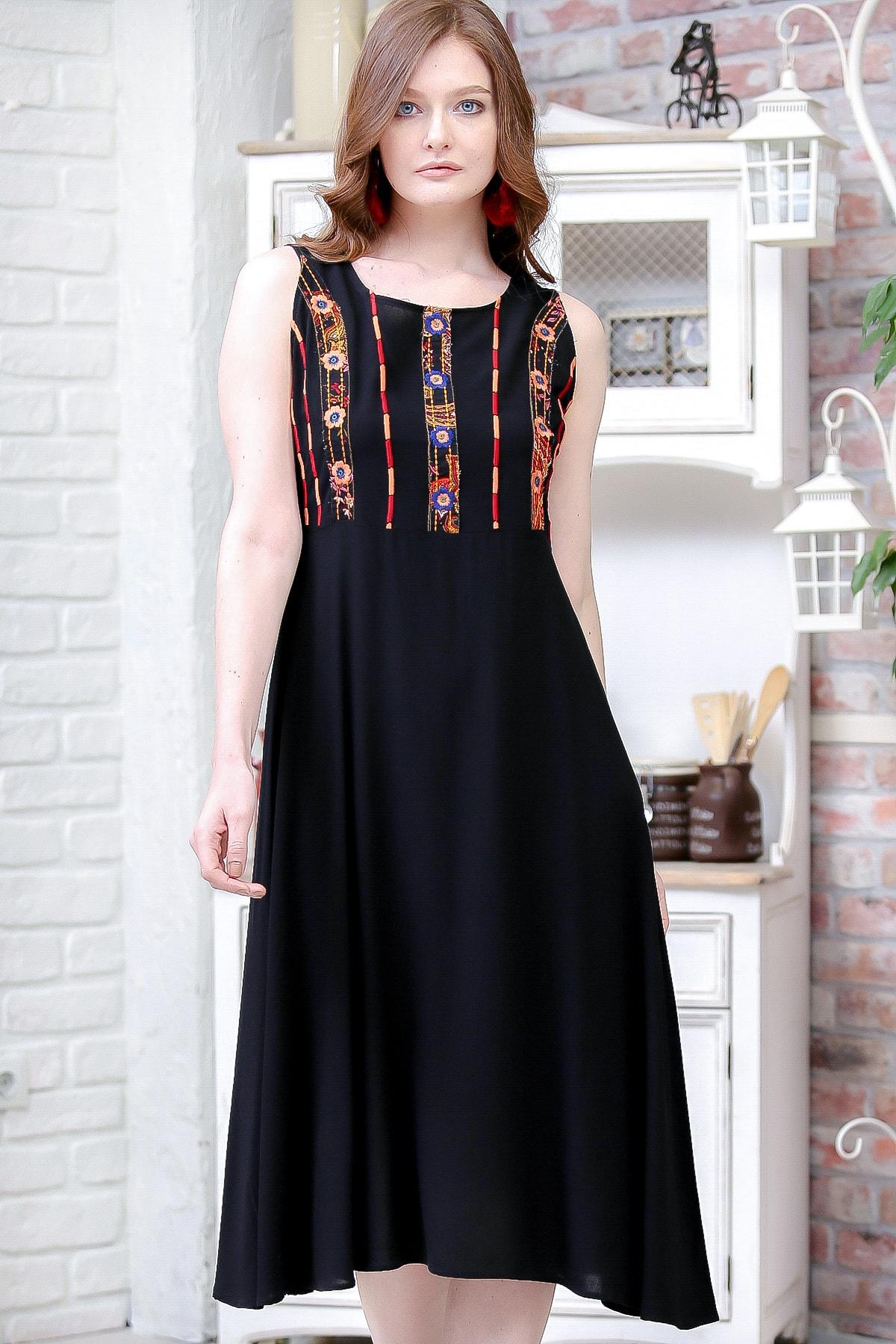 Chiccy Kadın Siyah Bohem Robası Tribal Nakış Detaylı Elbise M10160000EL97164
